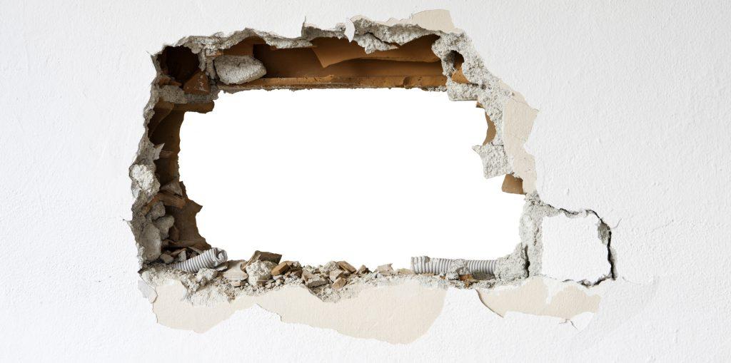 Hål i väggen.