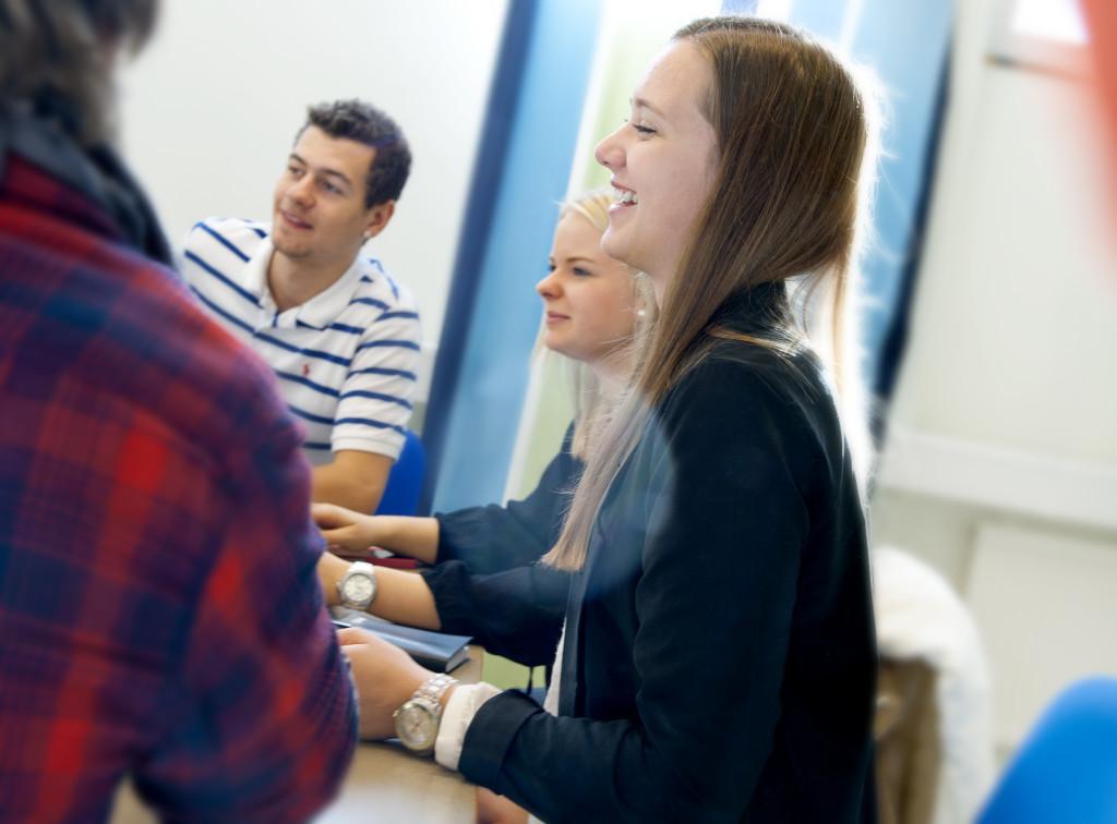 Elever på Tingsholmsgymnasiet 2. Foto: Anna Sigge