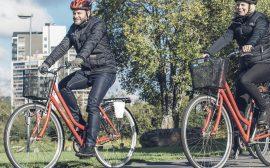 Cyklister i Ulricehamn. Foto Mats Lind/Ulricehamns turistbyrå