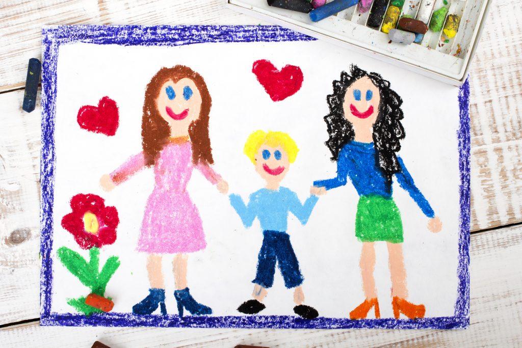 Barnteckning av en familj
