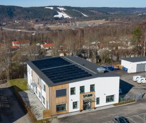 Bild på kontorsbyggnad tagen uppifrån