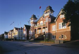 Folkets hus i Ulricehamn i solsken. Foto: Jan Töve